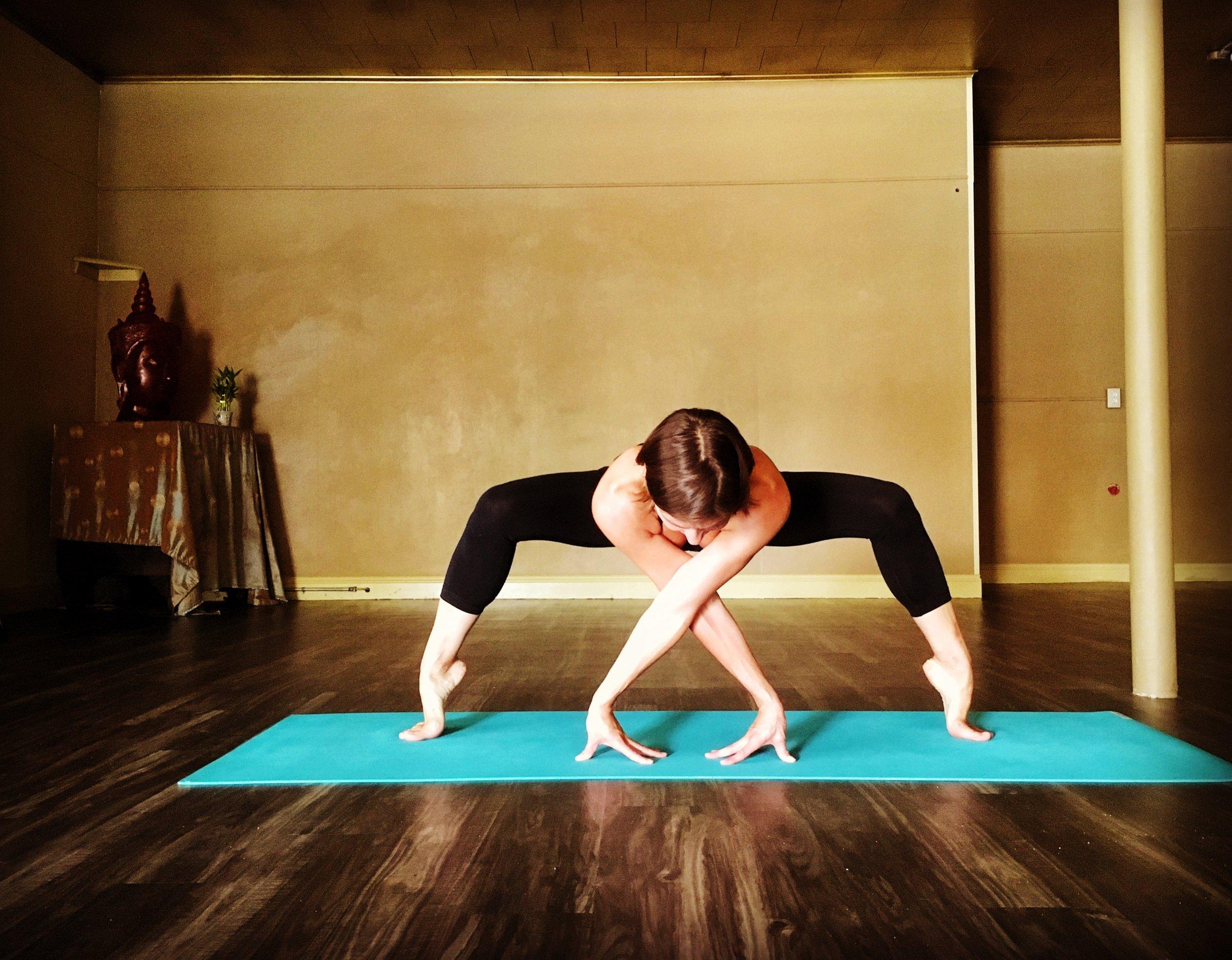 Mass Metta Massage & Yoga